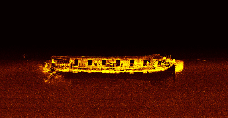 SportScan image of Dundee courtesy of David VanZandt & Kevin Magee of the Cleveland Underwater Explorers (CLUE)